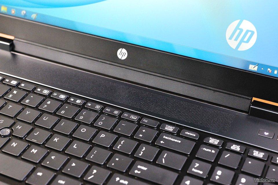 Đang tải HP_ZBook_15 018.jpg…