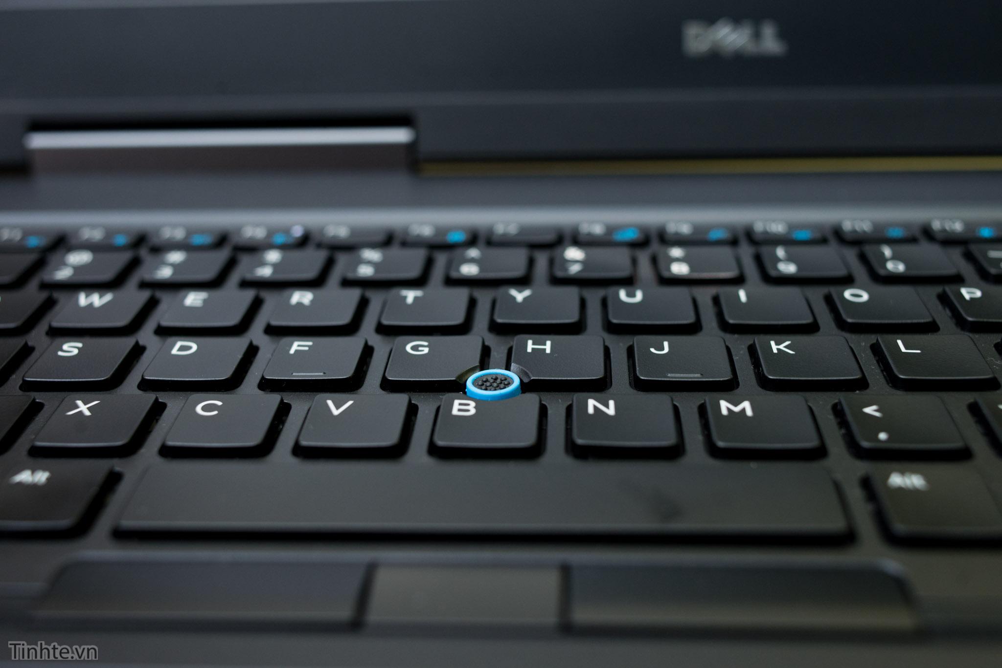 Đang tải Dell 7510_tinhte.vn 12.jpg…
