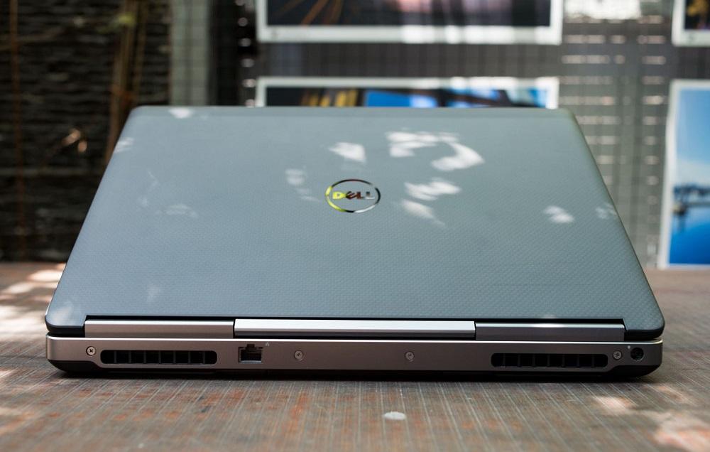 Dell Precision 7510 Phía Sau