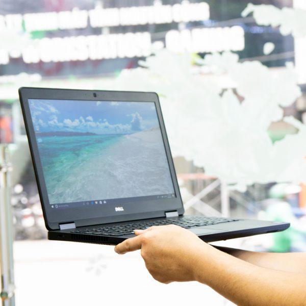 Laptop Dell Precision 3510 Core i5-6300HQ/ RAM 8GB/ 256GB SSD/ AMD FirePro W5130M 2GB/ 15.6 inch